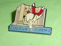 Pin's / Sport  : Judo Club Niortais     TB2k - Judo