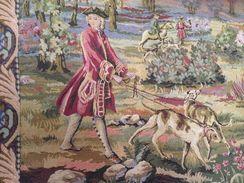 Un Ensemble De Deux Tapisseries Murales De Gobelins Sur Le Tème De La Chasse Près De Paris,  Par J.B.Oudry En 1662. - Rugs, Carpets & Tapestry