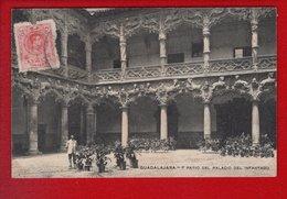 1 Cpa Carte Postale Ancienne -   Guadalajara - Palacio Del Infantado - Patio - Guadalajara