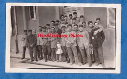 Photo Ancienne - Fort De ROSNY Sous BOIS - Peloton 107 - Militaire à Identifier & Petite Fille - Enfant - Gendarme ? - War, Military