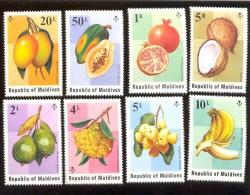MALDIVES ; MINT N.H. STAMPS ; SCOTT # 548-55 ; IGPC 1975 ( TROPICAL FRUITS - Maldives (1965-...)