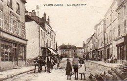 CPA - VAUVILLERS (70) - Aspect De La Grand'Rue En 1918 - Autres Communes