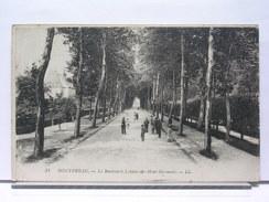 77 - MONTEREAU - LE BOULEVARD LEBOEUF DE MONT-GERMONT - ANIMEE - 1918 - Montereau