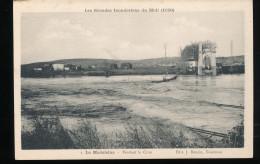 82 -- Les Grandes Innondations  Du Midi --  La Madeleine -- Pendant La Crue - France
