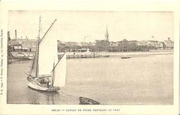 CPA Royan Bateau De Pêche Rentrant Au Port - Royan