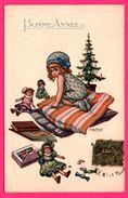 Illustration A. BERTIGLIA - Petite Fille Sur Coussins Au Pied Du Sapin - Nöel - Poupées - Bonbons - Bonne Année - 1918 - Bertiglia, A.