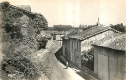 MERLAUT RUE D'OUEN - France