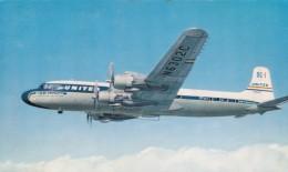 United Airlines DC-7 Propeller Airplane In Flight, C1950s Vintage Postcard - 1946-....: Moderne