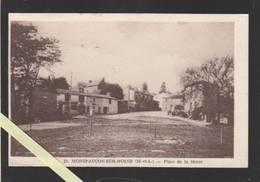Montfaucon Sur Moine 49 - Place De La Motte - Montfaucon