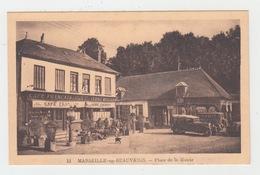 60 - MARSEILLE EN BEAUVAISIS / PLACE DE LA MAIRIE - LE CAFE FRANCAIS - POMPE A ESSENCE - Marseille-en-Beauvaisis