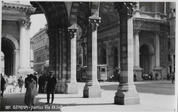 GENOVA / GENUA → Portici Via XX Settembre, Con Il Tram E Turisti, Ca.1950 - Genova (Genua)