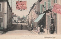 CHARNY - LA RUE DES PONTS - TRES BELLE CARTE - COLORISEE - ANIMEE - COMMERCES - TOP !!! - Cheny
