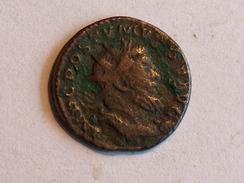 Monnaie ROMAINE 27 Postumus IMP C POSTUMUS PF AUG  FIDES MILITUM Poids 3.1g Diam 2.0cm - 5. The Military Crisis (235 AD To 284 AD)