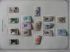 TB Petite Collection De Timbres De COTE D'IVOIRE. Neufs X Et XX. - Stamps