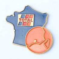 Pin's  TOTAL - Région Paca - Carte De France Et De Corse - G240 - Fuels