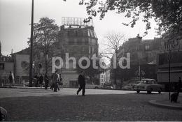 1963 PLACE PIGALLE PARIS FRANCE 35mm  AMATEUR NEGATIVE NOT PHOTO NEGATIVO NO FOTO - Other