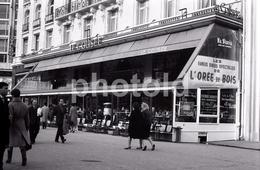 1963 CAFE COLISEE AVENUE CHAMPS ELYSEES  PARIS FRANCE 35mm  AMATEUR NEGATIVE NOT PHOTO NEGATIVO NO FOTO - Other