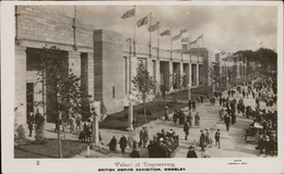 Wembley British Empire Exhibition Palace Of Engineering Animated Street British Flag Photo Campbell Gray - Angleterre