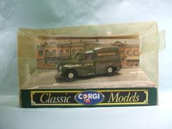 Corgi - MORRIS MINOR 1000 Van WATER SUPPLY BWW Réf. 96840 BO 1/43 - Corgi Toys