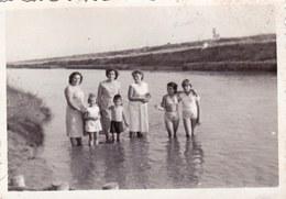Old Original Photo Little Naked Girl Boy Children Posing 8.4x6 Cm - Shot 1959 - Anonyme Personen