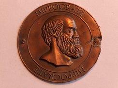 Plaque HIPPOCRATE 7.8cm 7.8g Italian Grand Tour Souvenir Medaillon Bronze - Jetons & Médailles