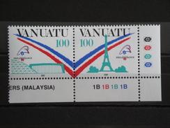 1989 Vanuatu - Yvert 830/1 ** Philexfrance Tour Eiffel  Scott 505 Michel  818/9  SG 527a - Vanuatu (1980-...)