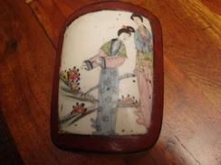 Boite  Japonaise Avec Fragment De Porcelaine - Boîtes/Coffrets