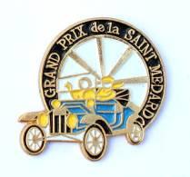 Pin's GRAND PRIX DE LA SAINT MEDARD - Roue - Voiture Ancienne - Tacot - Winslow I.C - G249 - Rallye