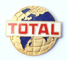 Pin'sTOTAL - Le Globe Terrestre - Fond Bleu -  Arcane - G277 - Fuels