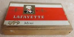 TABAC  )    BOITE  A  CIGARES  -   LAFAYETTE  En Bois - Sigarenkokers