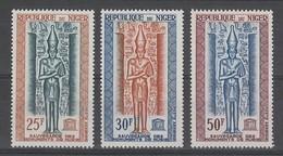 SERIE NEUVE DU NIGER - SAUVEGARDE DES MONUMENTS DE NUBIE N° Y&T PA 38 A 40 - Egyptologie