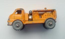 Lesney-No.28  - Restoration Project - Cars & 4-wheels