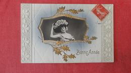 Embossed  Gold Leaf Frame  Lady In Large Hat  Bonne Annee--ref 2564 - Fashion