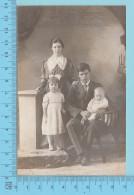 Carte Postale Photo  -  Photo De Famille D'époque,  Cir: 1904-18 - Post Card, Cartolina  2 Scans - Photographie