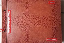 Photo ALBUM BASTOGNE 1964 53 Photos 12 CPA Hôtel L'Elite Et Sud Atelier Usine FABEL TROTTY Constructeur De Jouets - Photos