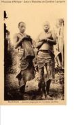 RUANDA JEUNES BAGOYES EN TOILETTE DE FETE - Rwanda