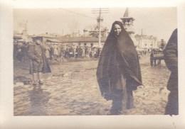 14-18 RUSSIE Automitrailleuses Belges  Corps Expéditionnaire Photo Marché De Kieff Avec Un Soldat Belge Mars 1917 - 1914-18