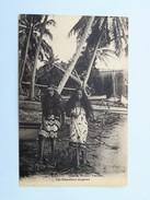 C.P.A. TAHITI : Filles De Pêcheurs Tahitiens, The Fishersman's Daughters - Polynésie Française