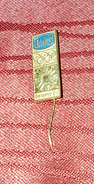 OLYMPIC GAMES IN SARAJEVO 1984. SPONSOR PIN FAMOS, CAR FACTORY - Olympic Games