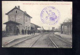 CPA (21) Veuxhaulles -  La Gare - Animée - Otros Municipios