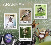 MOZAMBIQUE 2014 SHEET SPIDERS LES ARAIGNEES SPINNEN ARANHAS RAGNI WILDLIFE Moz14415a - Mozambique