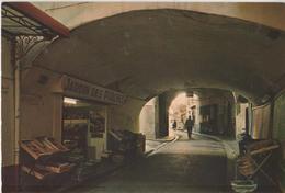"""CP 83. Hyères Les Palmiers. Rue Des Porches. Magasin """"Jardin Des Porches"""" - Hyeres"""