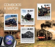 MOZAMBIQUE 2014 SHEET STEAM TRAINS TRENES A VAPOR TRAINS A VAPEUR LOCOMOTIVES LOCOMOTORAS Moz14421a - Mozambique