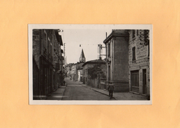 D0105  - SAINT MARTIN EN HAUT - 69 - La Grande Rue Et L'Eglise - France