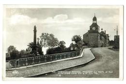 16063   CPA   VARENNES En Argonne , Monument Aux Morts Et Tour Ou Fut Arrêté  Louis XVI , Carte Photo !  ACHAT DIRECT !! - France