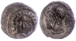 Tarsos, Obol (0,80g), 4. Jhd. v. Chr., Zeit des Pharnabazos und Datames. Av: Weiblicher Kopf von vorn. Rev:...
