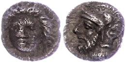 Tarsos, Obol (0,69g), 4. Jhd. v. Chr., Zeit des Pharnabazos und Datames. Av: Weiblicher Kopf von vorn. Rev:...