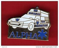 23407-pin´s Medical.ambulance. - Medical
