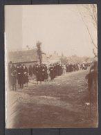 02 - Autreppes - Procession à Autreppes En 1928 - Trés Animée - Plaatsen