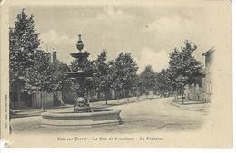 CPA 10 ( Aube ) - VILLE Sur TERRE - La Rue De Soulaines - La Fontaine - France